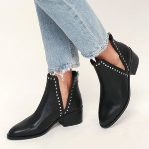 Steve Madden Conquest Stud Leather Ankle Booties